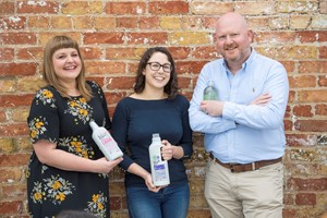 Hull cleaning company leads global drive to eliminate plastic pollution